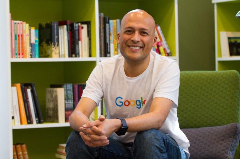 20151202 Google Mexico - Ricardo Zamora 01 @Candidman