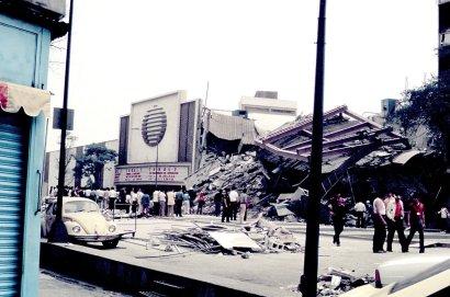 En la imagen, aspecto de la empresa Televisa, ubicada en avenida Chapultepec.